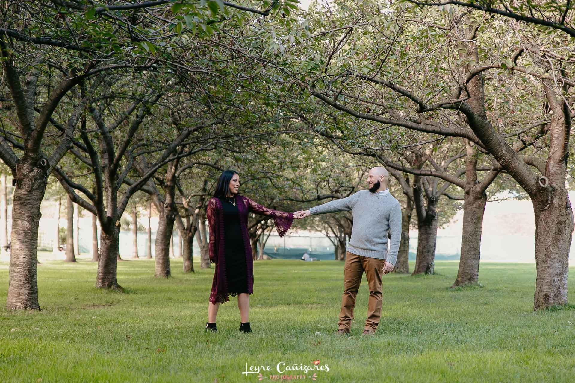 brooklyn botanical garden couple photoshoot nyc