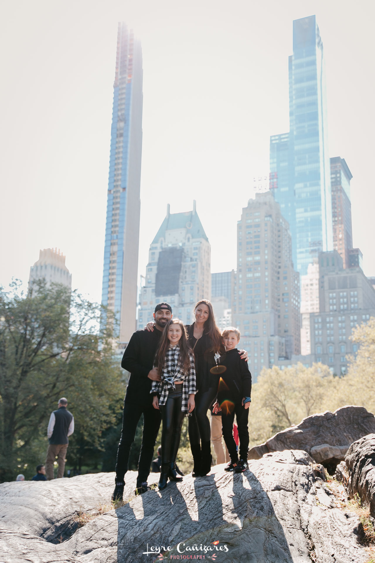 umpire rock central park new york family photoshoot