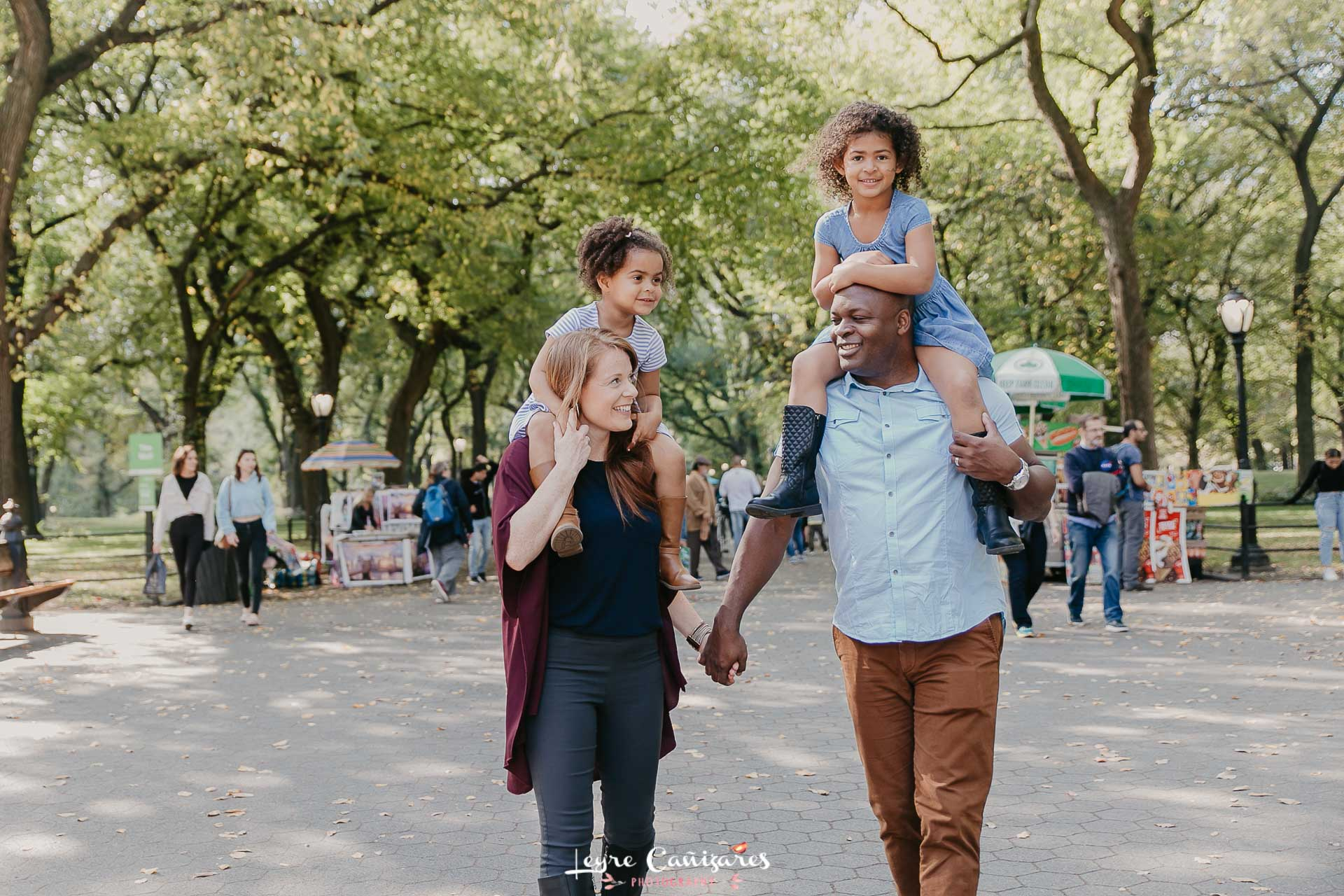 family photo shoot in The Mall, central park, nyc